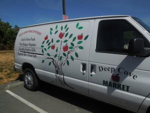 Deep Cove Market 11
