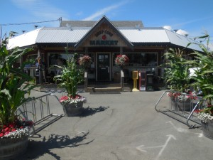 Deep Cove Market 6