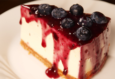 42936822_blueberry-cheesecake-slice