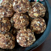 gluten free raw paleo Chocolate-Mint-Ennergy-Balls-Recipe-