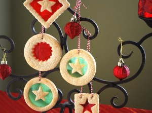 Stained-Glass-Window-Cookies-Ornaments-1024x762