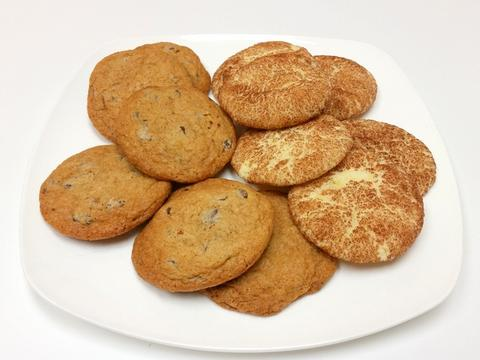 Snickerdoodle_and_Chocolate_Chip_Cookies_Baked_large
