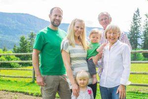 Okanagan Rawsome Family
